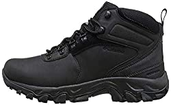 Best boots for flat feet and overpronation